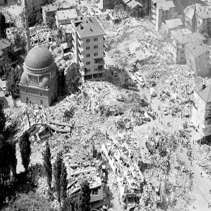 17-agustos-1999-depreminden-sonra-neler-yasanmistir