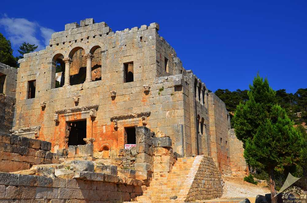 alahan-manastiri-nin-tarihi-nedir