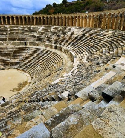 aspendos-antik-kenti-giris-ucreti-ne-kadardir