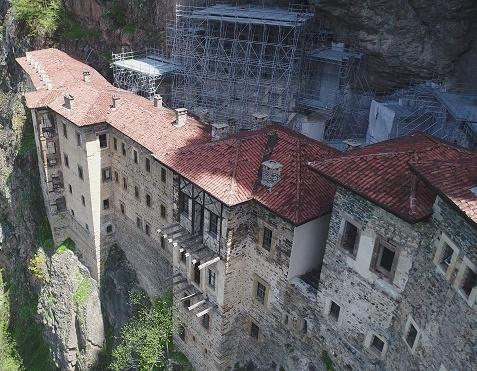 sumela-manastiri-na-giris-ucretli-midir